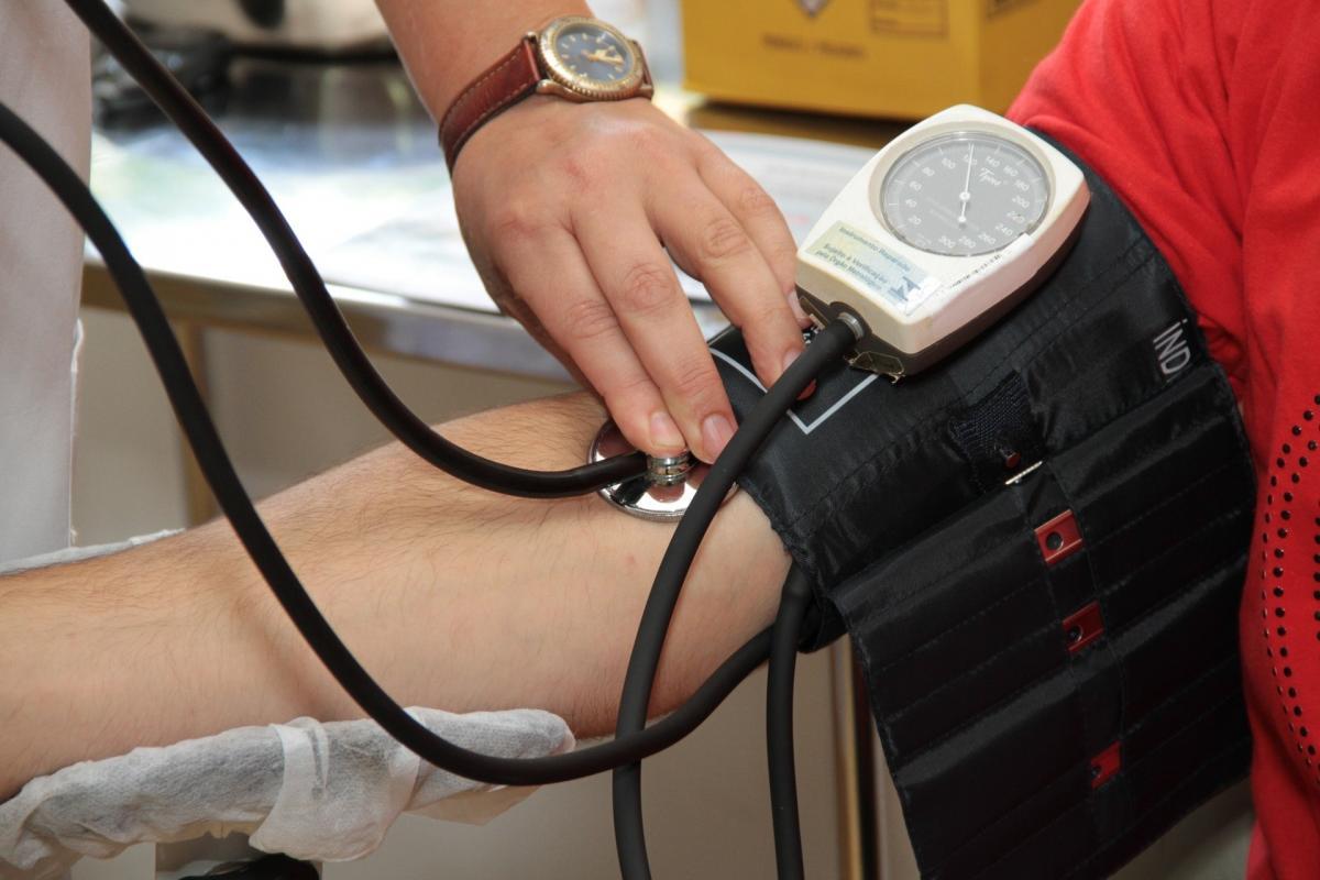 tachycardia és magas vérnyomás mit kell venni