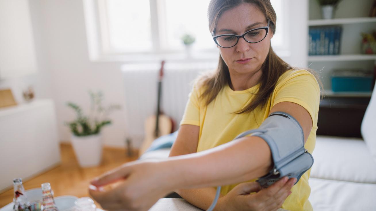 magas vérnyomás esetén a nyomás csökkent, mit kell tennie makréla és magas vérnyomás