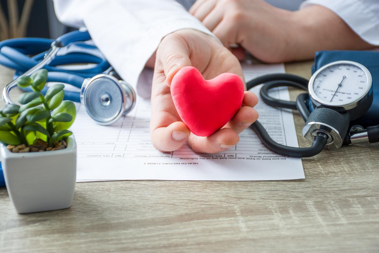 Súlyos kórokat jelezhet a magas vérnyomás