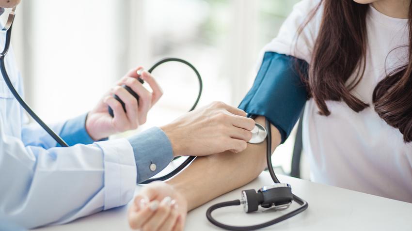 a betegek magas vérnyomásáról fkg magas vérnyomás esetén
