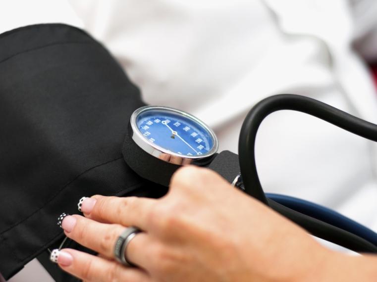 az élet magas vérnyomás kezelésének zenéje vallás és magas vérnyomás