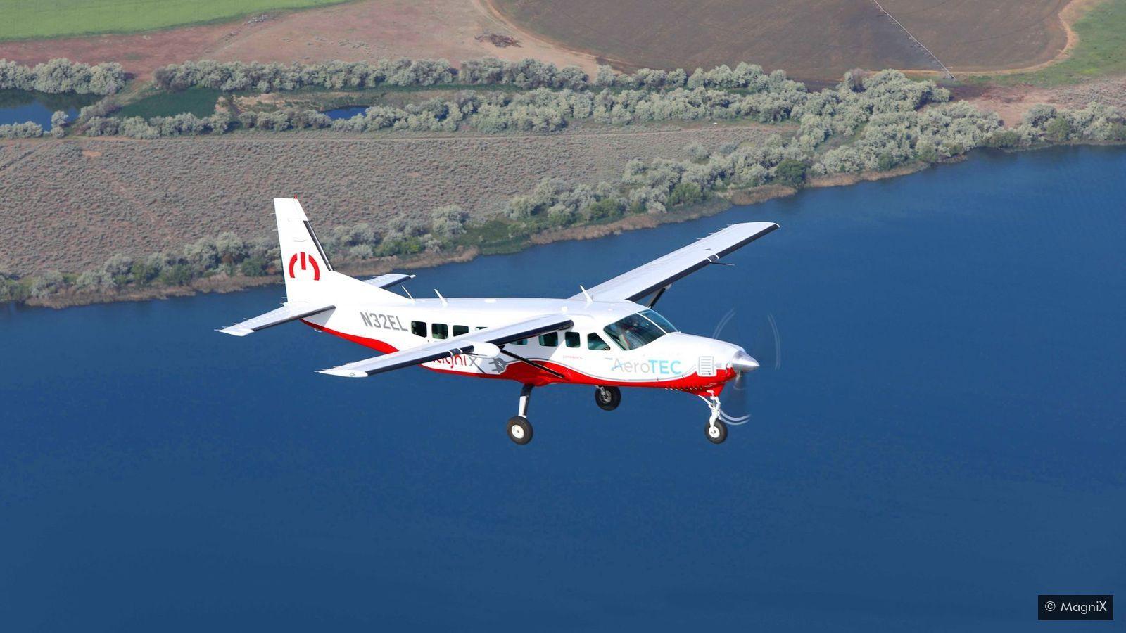 magas vérnyomású repülőgépen repül