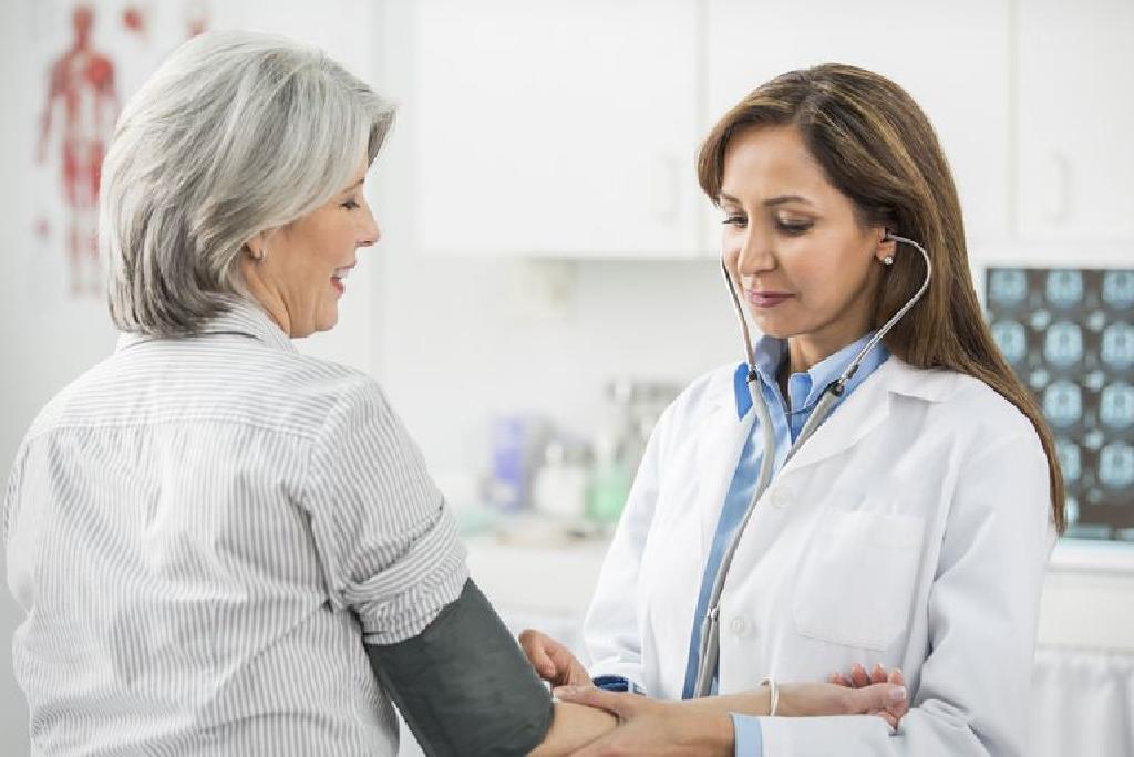 a magas vérnyomású emberek azt jelentik anekdoták a magas vérnyomásról
