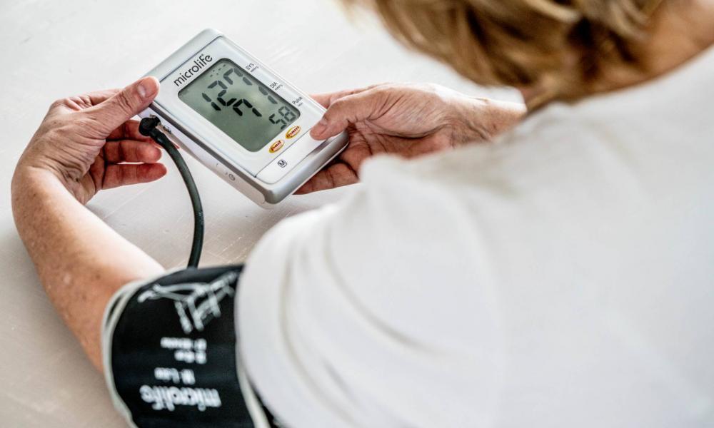 fiatal magas vérnyomás