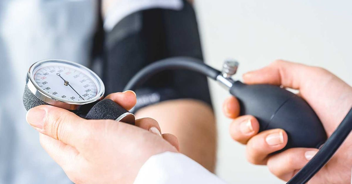 hogyan befolyásolja a só a magas vérnyomást