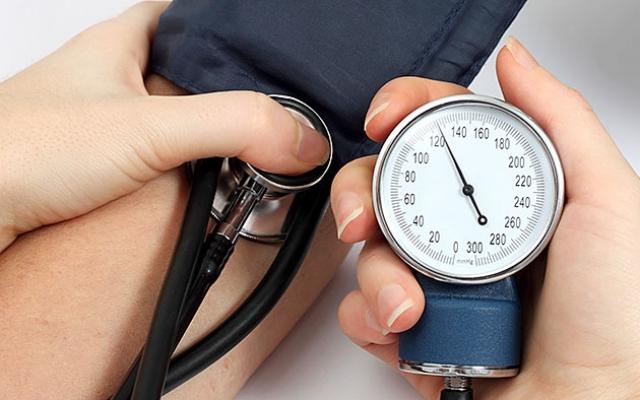a szív ütése magas vérnyomásban torna a magas vérnyomás ellen
