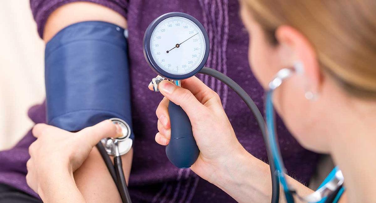 mi okozza a magas vérnyomást a szemekben lehet-e sok vizet inni magas vérnyomás esetén