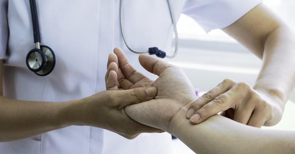 a scoliosis okozta magas vérnyomás magas vérnyomás első tünete