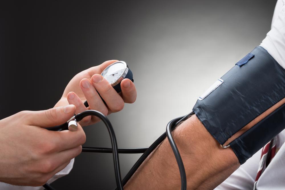 lehetséges-e merülni magas vérnyomás esetén